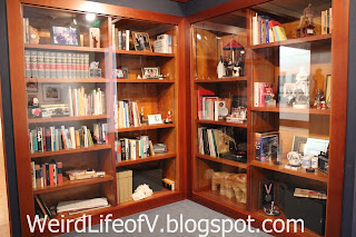 Charles Schulz's workspace bookshelves - Charles M. Schulz Museum