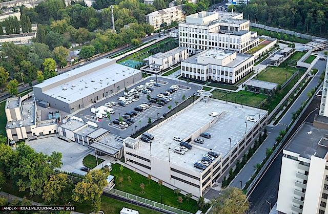 Эксперт задается вопросом, что такое количество американских дипломатов делает в столице Армении