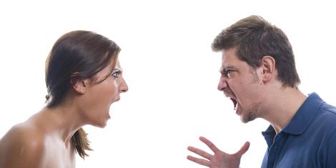 Alasan Kenapa Masih Bertahan Dalam Hubungan yang Menyaitkan
