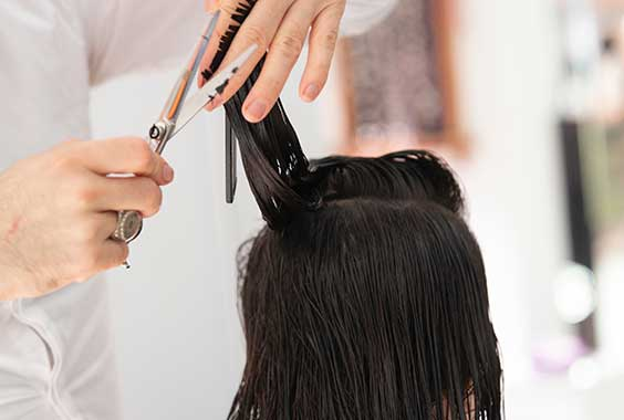 Bursting 5+ Hair Myths (Stop Believing Them In 2020)