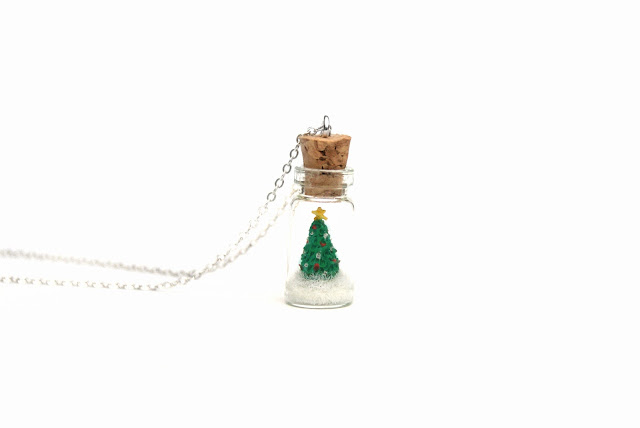 https://www.etsy.com/uk/listing/255501839/christmas-tree-necklace-holiday-jewelry?ref=related-1