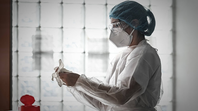 انخفاض كبير بأعداد مصابي فيروس كورونا في هولندا