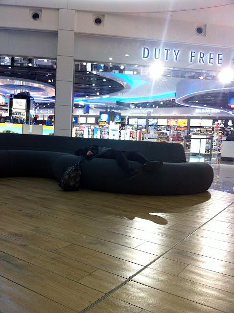 Am Flughafen nach einem Tag in Brüssel
