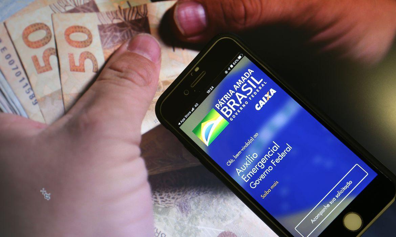Caixa paga hoje parcelas do Auxílio Emergencial aos nascidos em maio