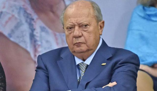 El Presidente dice que no, pero diarios dicen que ya se congelaron las cuentas de Carlos Romero Deschamps y su familia