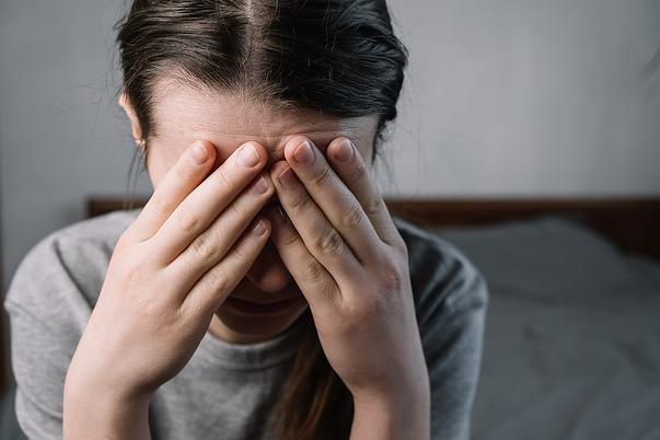 Mujer en problemas familiares