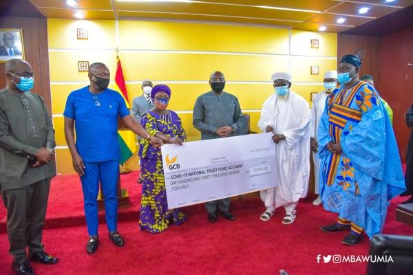 Muslim Community Donates 130,000 Cedis to COVID-19 National Trust Fund