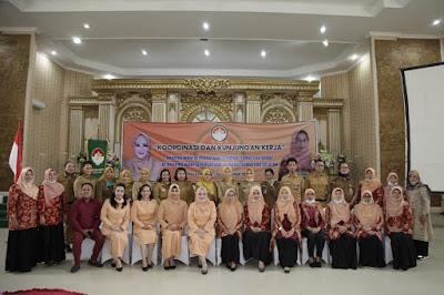 Ketua DWP  Sumsel Hj Reny Nasrun Sumringah Terima Kunjungan  DWP Sumbar