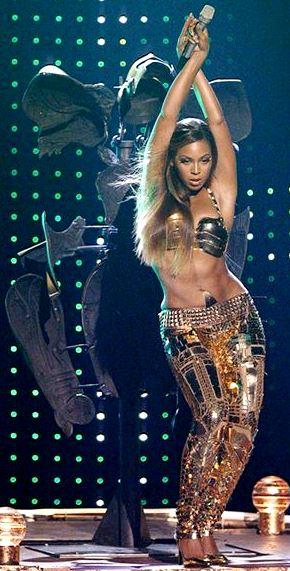 Foto de Beyonce moviendo cadera
