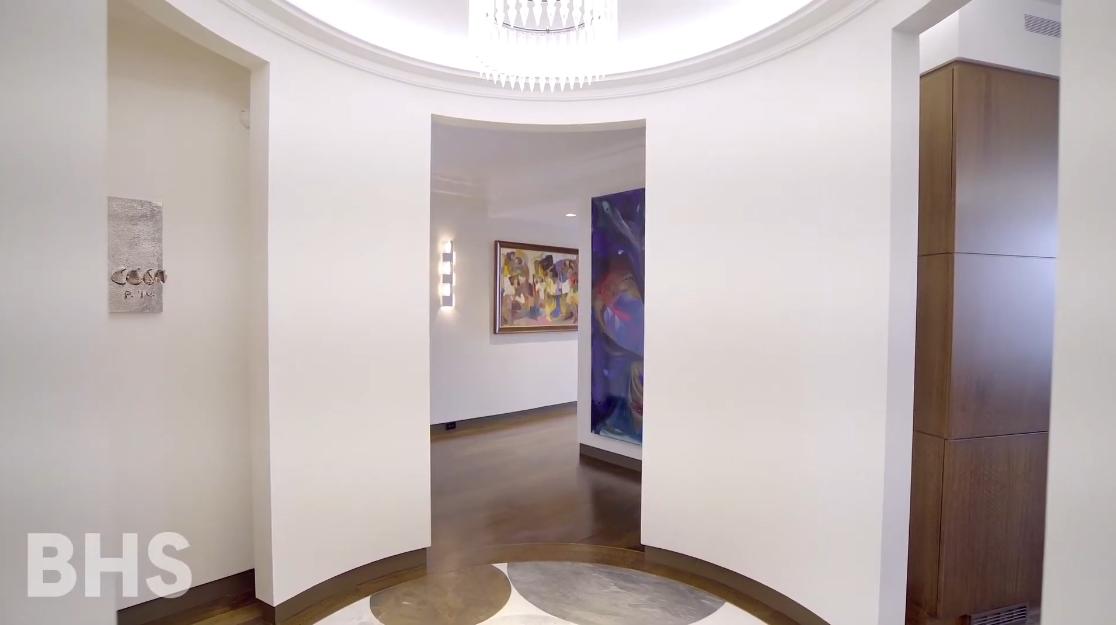 23 Interior Design Photos vs. 1965 Broadway #22AB, New York, NY Luxury Condo Tour