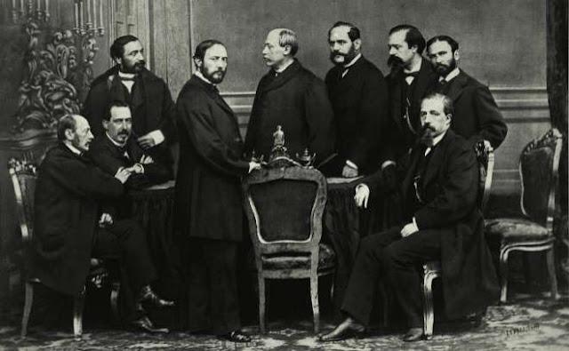 El Gobierno Provisional, presidido por el general Francisco Serrano