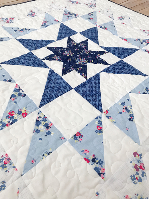 Blue Carolina Starburst Quilt Free Pattern