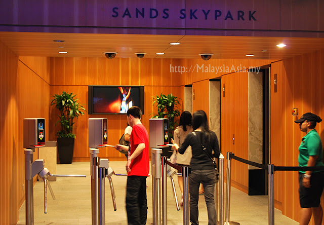 Ticket Machine at Sands Skypark Singapore