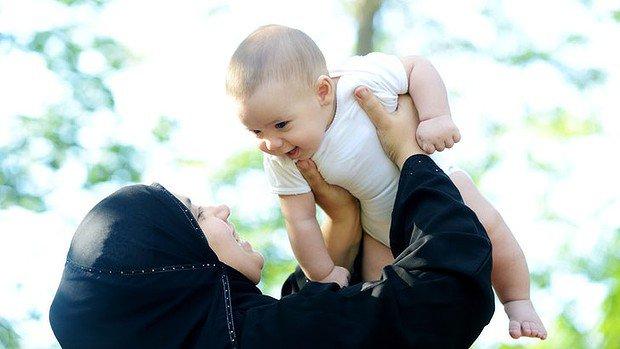 Meski Semua Harta Yang Kita Kumpulkan Seumur Hidup Kita Berikan Pada Orangtua, Tetap Saja Tak Sebanding