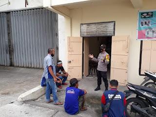 Bhabinkamtibmas Pattunuang Beri Imbauan ke PKL dan Tukang Bentor di Makassar Mall