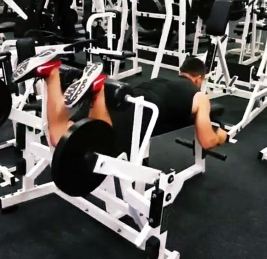 Leg curls exercise