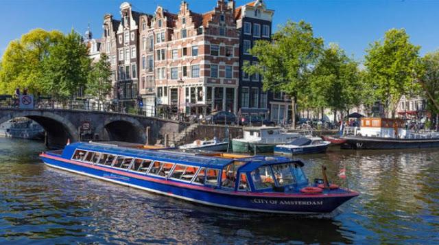منحة مقدمة من جامعة أمستردام لدراسة الماجستير في هولندا (ممولة بالكامل)
