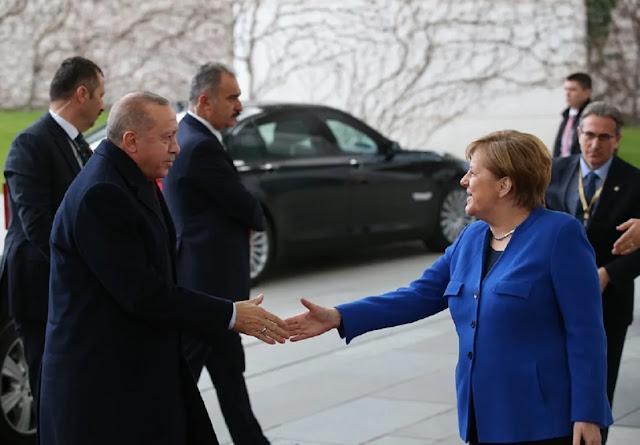 Στην Κωνσταντινούπολη η Μέρκελ την Παρασκευή για συνάντηση με τον Ερντογάν