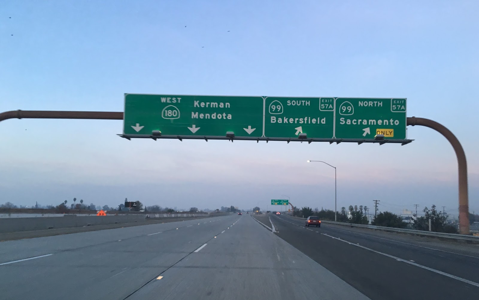 shortly west of ca 99 the ca 180 freeway ends after marks avenue and rejoins the alignment of whitesbridge road from here west to about 30 miles to ca 33