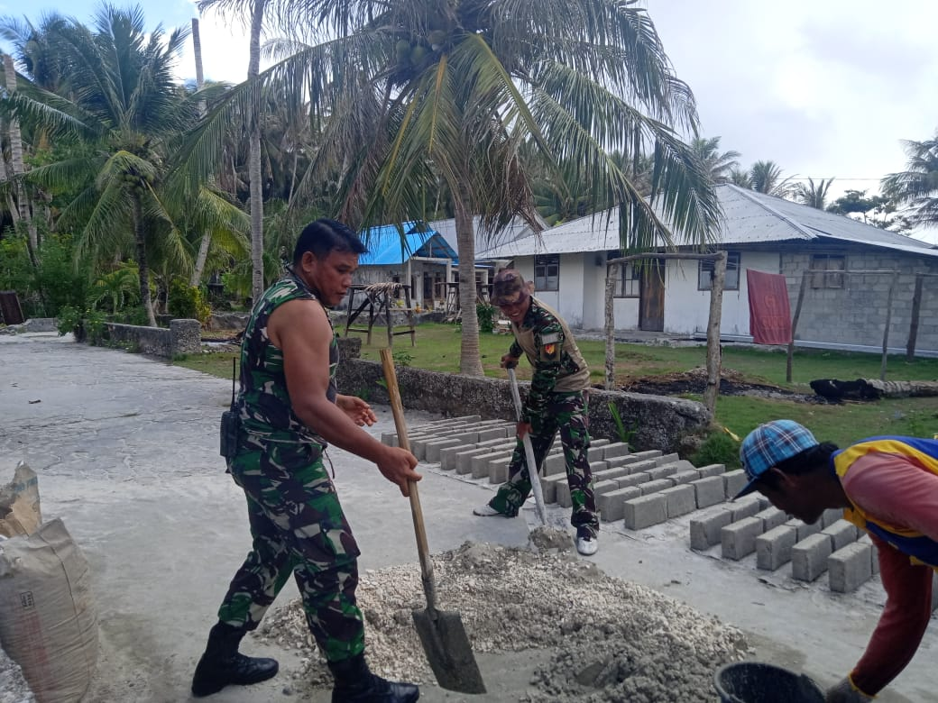 TNI Hadir Membantu Kesulitan Warganya