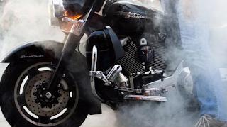 Cara Menanggulangi Mesin Motor Cepat Panas (Overheat) dengan Benar