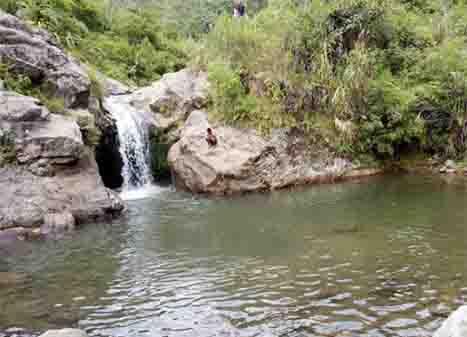 Air Terjun Sarambu Dua'