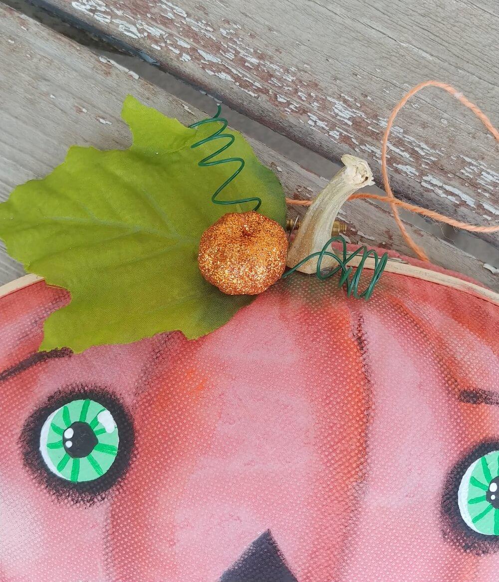 glitter pumpkin embellishment
