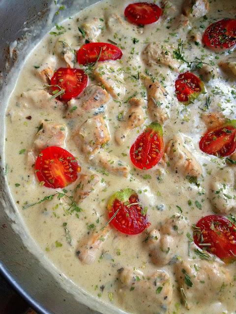 Kurczak w sosie z gorgonzoli / Chicken in Gorgonzola Sauce