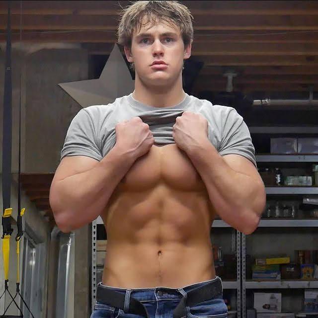 Dylan McKnight 8