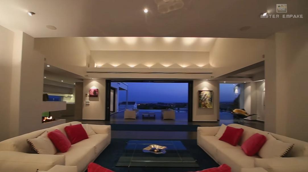 23 Interior Design Photos vs. Villa Los Flamingos Golf 120 Tour