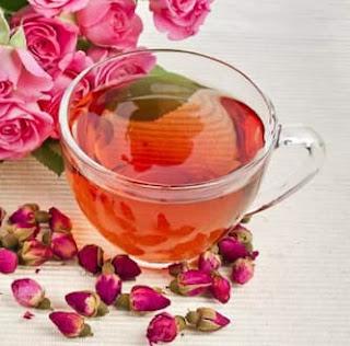 8 فوائد صحية محتملة لشرب شاي الورد 2021
