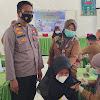 Polsek Polut Kerjasama KORWIL Pendidikan Dan Kebudayaan Kec. Polut Dan UPT Puskesmas Towata Laksanakan Vaksin Untuk Pelajar