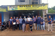 Riyan shopp bersama karang taruna dusun 1 rawa jeler bagikan masker GRATIS ke warga
