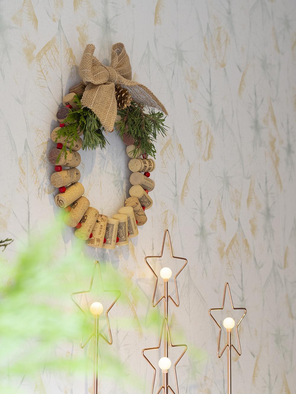 DIY Corona de navidad de tapones de corcho _3