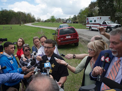 Police in Ohio talk to reporters about the killings