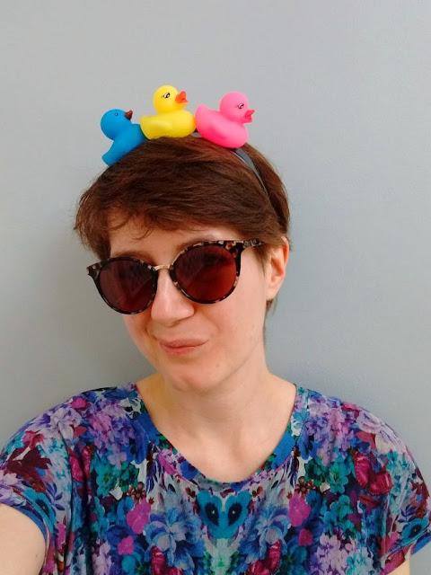 http://bugsandfishes.blogspot.com/2019/05/diy-festival-hairbands-headbands-crowns-tutorial.html