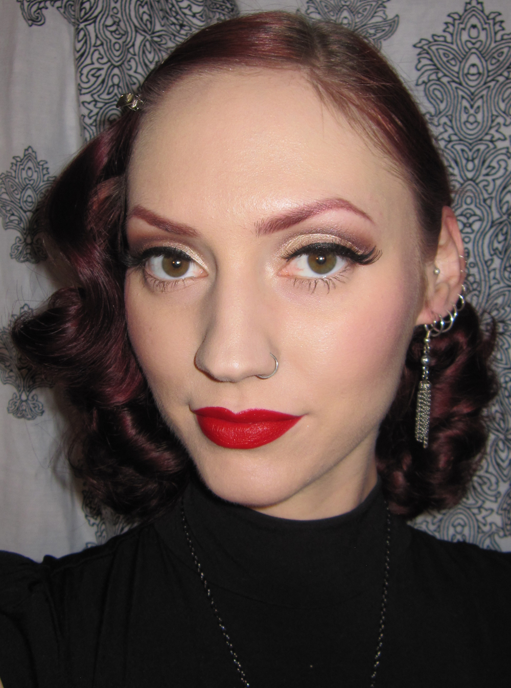 I My Jumbo Hair Curlers Rolling Them Under To Get The Look Http Www Jumbocurlers Com Html