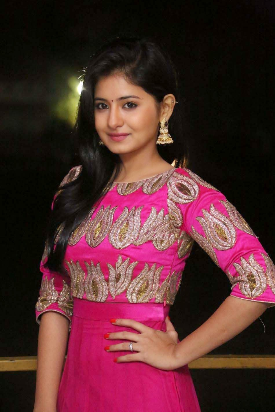 Actress Reshmi Menon Hd Image From Hyderabad Love Story -3559