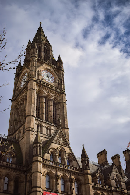 Exploring Manchester - Manchester Town Hall