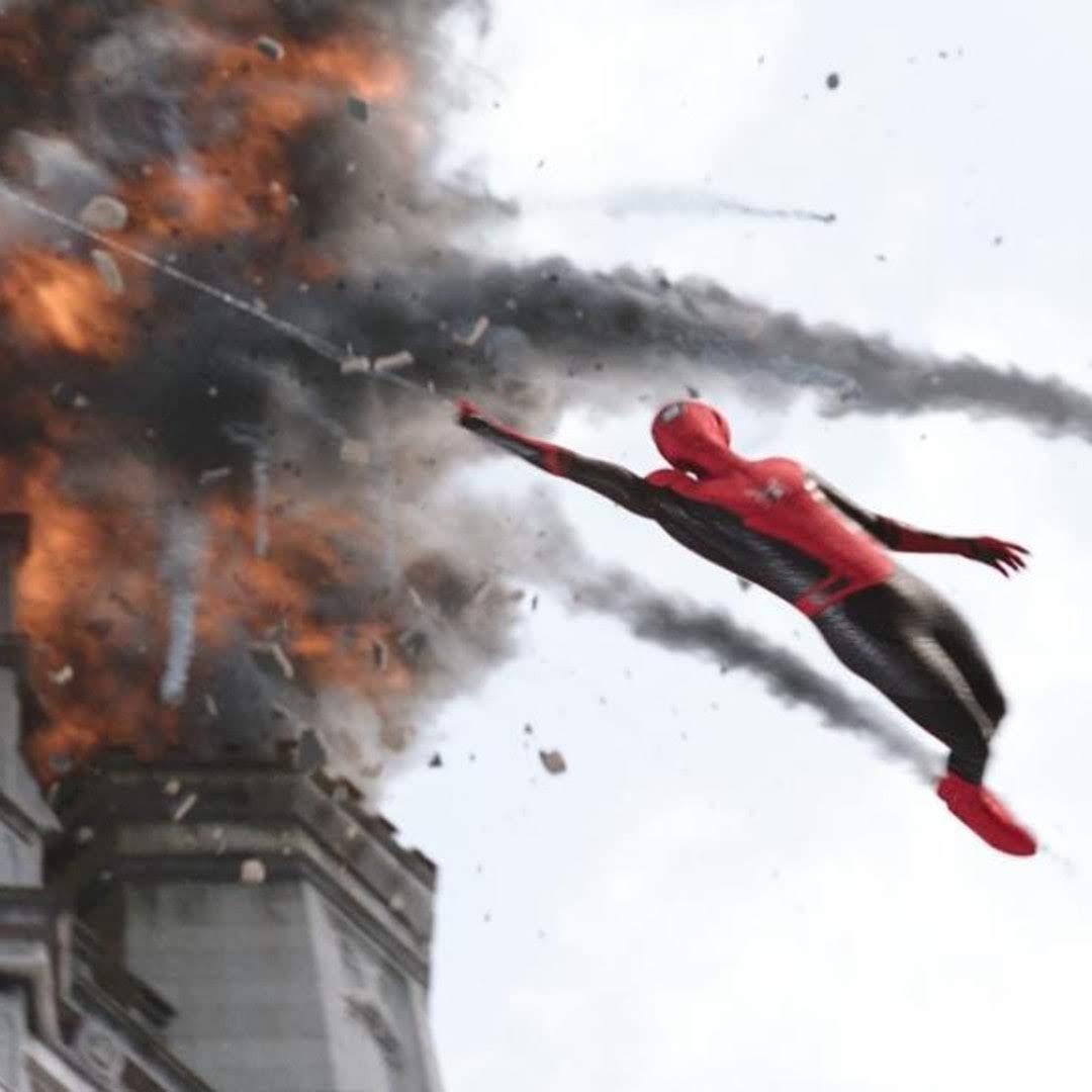 New international TV spot for Spider-Man Far From Home : トム・ホランド主演の「スパイダーマン」シリーズの第2弾「ファー・フロム・ホーム」の新しいTVスポットの CM ! !