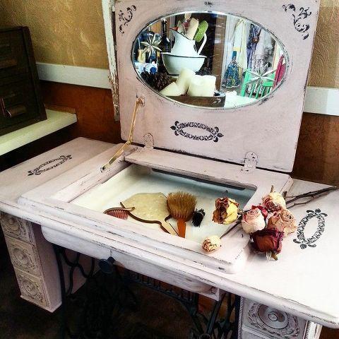 50+ Διακοσμήσεις -  Κατασκευές για να αξιοποιήσετε Παλιές Ραπτομηχανές
