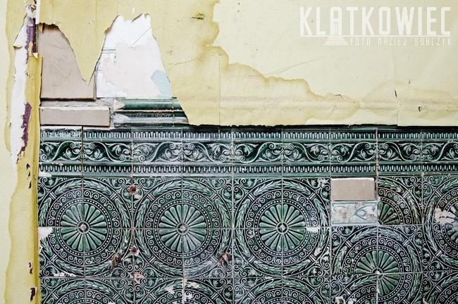 Bytom. Kamienica. Przedwojenne wnętrze sklepu rzeźnickiego z oryginalnymi kaflami.