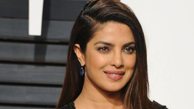 Priyanka Chopra's Natural Ingredients to Keep Your Lips Moist