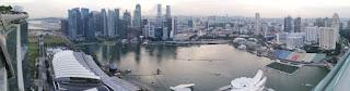 La Bahía de Singapur desde el Sands SkyPark del Marina Bay Sands Hotel. Singapore.
