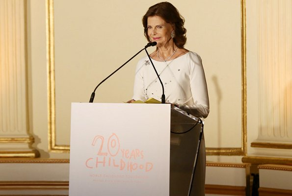 Princess Madeleine wore a gray dress by Temperley London. Madeleine wore Temperley London crossbone lattice dress