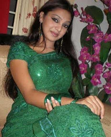 Sadia Jahan Prova: Sexy Story: Sexy Pictures