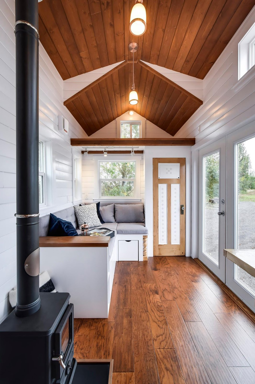 mint tiny house company 18 - 20+ Small House Architecture Design Background