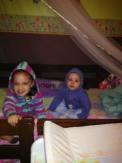 Mis hijos en su cuarto