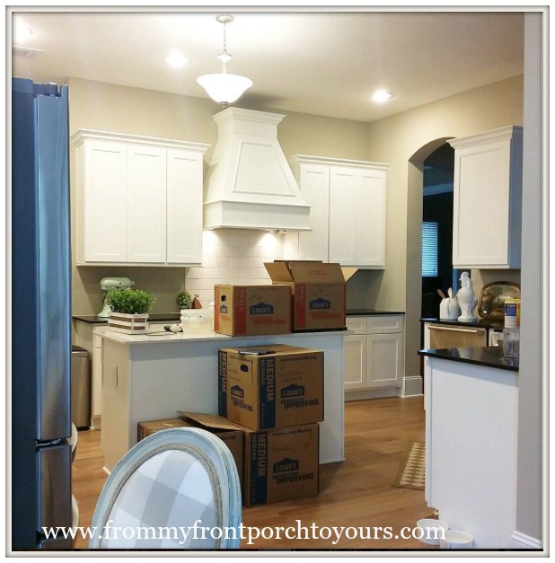Farmhouse Range Hood ~ From my front porch to yours diy farmhouse range hood