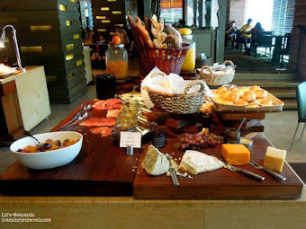 New World Hotel's Café 1228: Cozy and Intimate